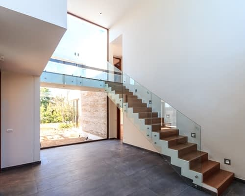 Wood Pro Joinery - Glass Balustrades Lancaster - Glass Balustrades on Stairs 2 (1)
